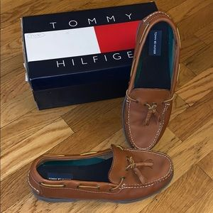 Tommy Hilfiger Westwood tassel tan shoes (11M)